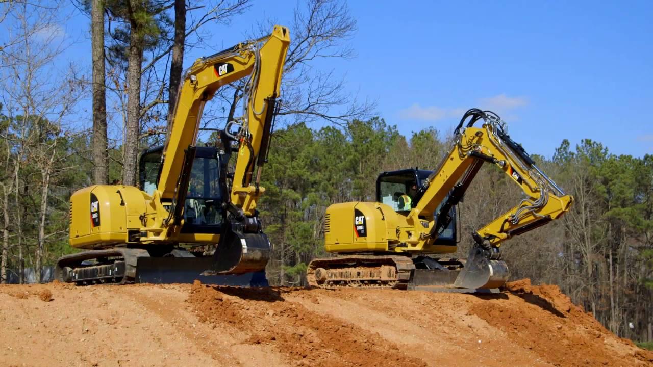 Cat® Mini Excavators - Standard Boom vs Variable Angle Booms