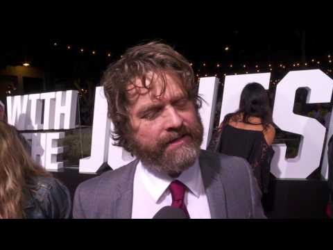 Keeping Up with the Joneses: Zach Galifianakis Red Carpet Movie Interview