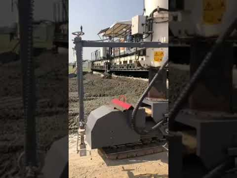 Delhi-Mumbai- expressway construction; The biggest machinery in the world is being used