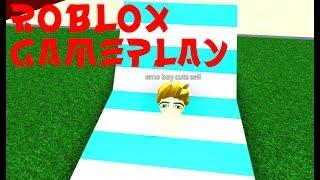 SMALL CHILD PICKS UP WOMEN ON ROBLOX Vamos a jugar ROBLOX