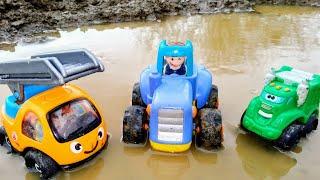 Мультики про машинки Синий трактор едет по лужам Детские мультики Машинки