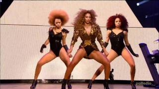 Repeat youtube video Beyonce Single Ladies Live Glastonbury 2011