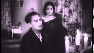 Bekarar Dil Tu Gaye Jaa - Door Ka Rahi (1971) * Kishore Kumar, Sulakshana Pandit.
