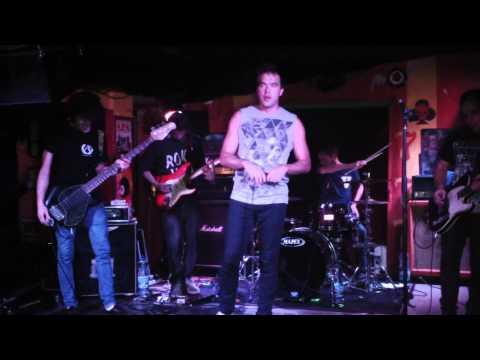 Shell Beach - 04.10.2013 - Collosseum Music Pub, Košice, Slovakia (Full Concert)