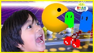 Ryan Plays Vintage Pac Man Board Game!!! thumbnail