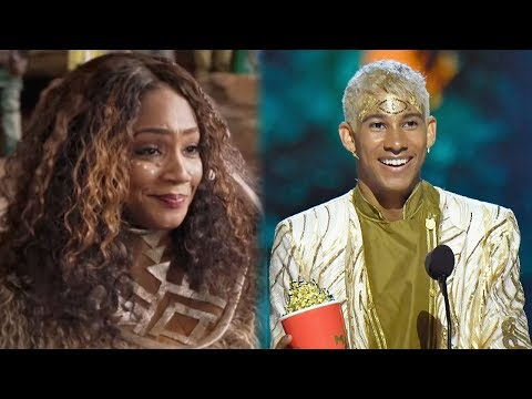 7 BEST Moments From The 2018 MTV Movie & TV Awards - 동영상
