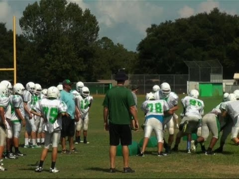 Study Tracks Football Concussions, Resuming Play