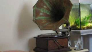 White Way Dance Orchestra - Say it Again on Grey Gull 1337 played on acoustic gramophone