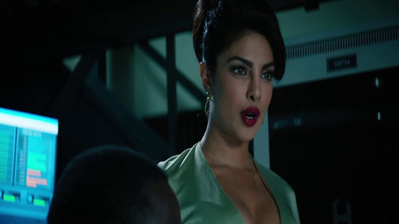 Priyanka Chopra Cleavage Baywatch Full Scene  1080P Hd -9929