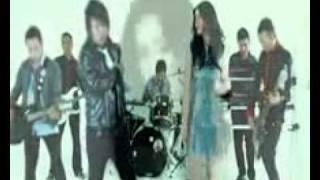RobinHood Feat Asmirandah - Salahkah Kita Mp3