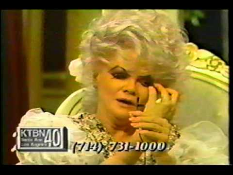 KTBN host/owner Jan Crouch pulling her fake eyebrows off