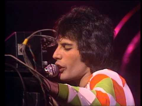 Queen - Killer Queen (Live at Earl's Court, London '77)