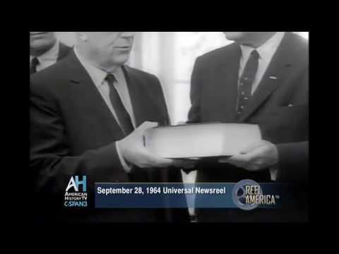 Reel America: Warren Report Released - Universal Newsreel  (1964)