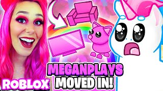 MEGANPLAYS MOVED INTO MY HOUSE! WE'RE ROOMMATES! SHE TURNED IT ALL PINK! Roblox Adopt Me