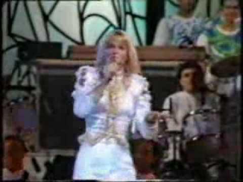 Xuxa Canta Ilariê no Especial de Roberto Carlos - 1990