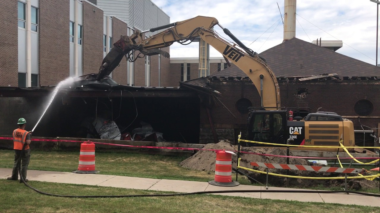 VIDEO: VCSU Power Plant Demolition | The Valley City Times