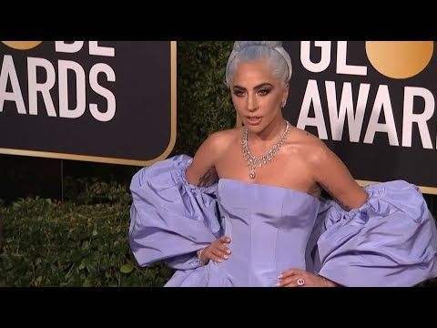 Lady Gaga apologises for collaborating with R Kelly Mp3