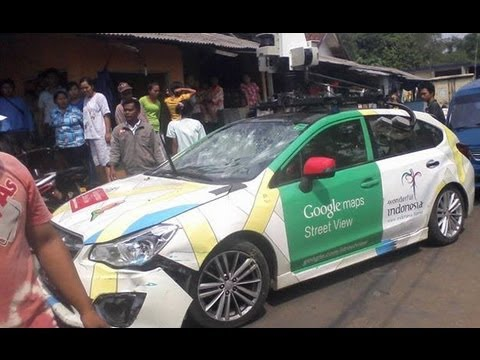 Google Street View car in triple accident in Jakarta
