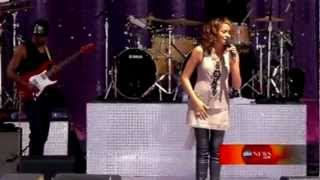 """Whitney Houston """"I Look To You"""" Live HD"""