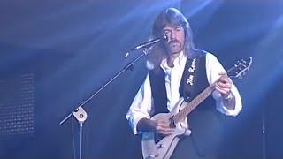 Camaleonti - Il campo delle fragole (Live - 40 anni di Musica e Applausi)