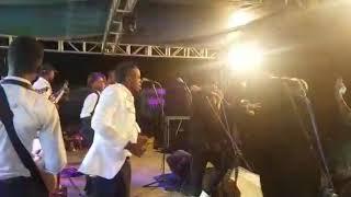 Extrait du concert pour l'hommage à Papa Wemba
