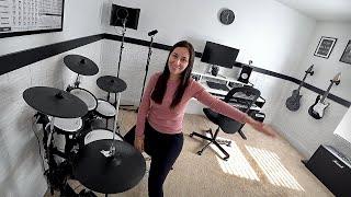 ELA Colocou a BATERIA ELETRÔNICA no HOME STUDIO de Música - Família Brancoala