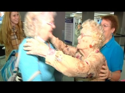 96 Year-Old Woman Reunites with 82 Year-Old Daughter For The First Time