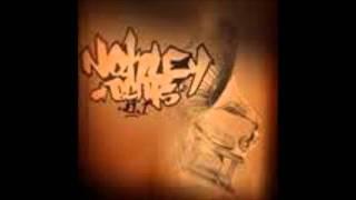 Nokley-bufon suko y maikro