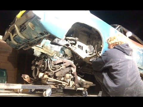 The engine done fell out of the ratty 1969 big block turquoise Dodge Charger update 3-16-18