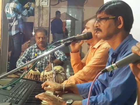 Om parmatma tumhare sharanam tatha NON STOP bhajan round...full jamavat