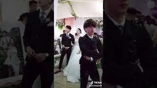 Chú rể ghen hay bị ép cưới