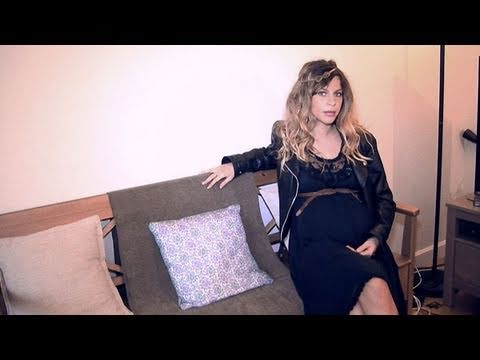 relooking mode femme enceinte fashion relooking pregnant woman youtube. Black Bedroom Furniture Sets. Home Design Ideas
