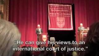 Protestors shut down Ehud Olmert speech at University of Chicago.MP4