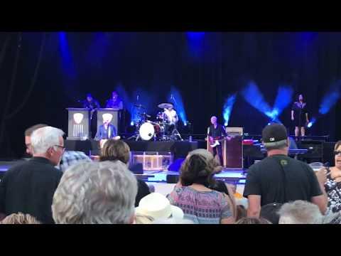 Joe Bonamassa 'King Bee Shakedown' - Vina Robles Amphitheatre 7/28/18