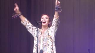 """Look Up Child""... Lauren Daigle LIVE...Houston, TX...10/27/18"