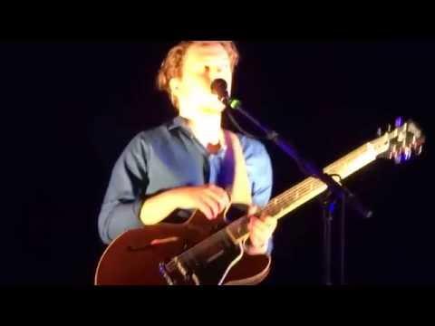 Saint Raymond- Letting Go- Ed Sheeran X Tour HD Second Row 12.10.14