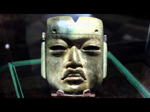 Olmec mask (Olmec-style mask)