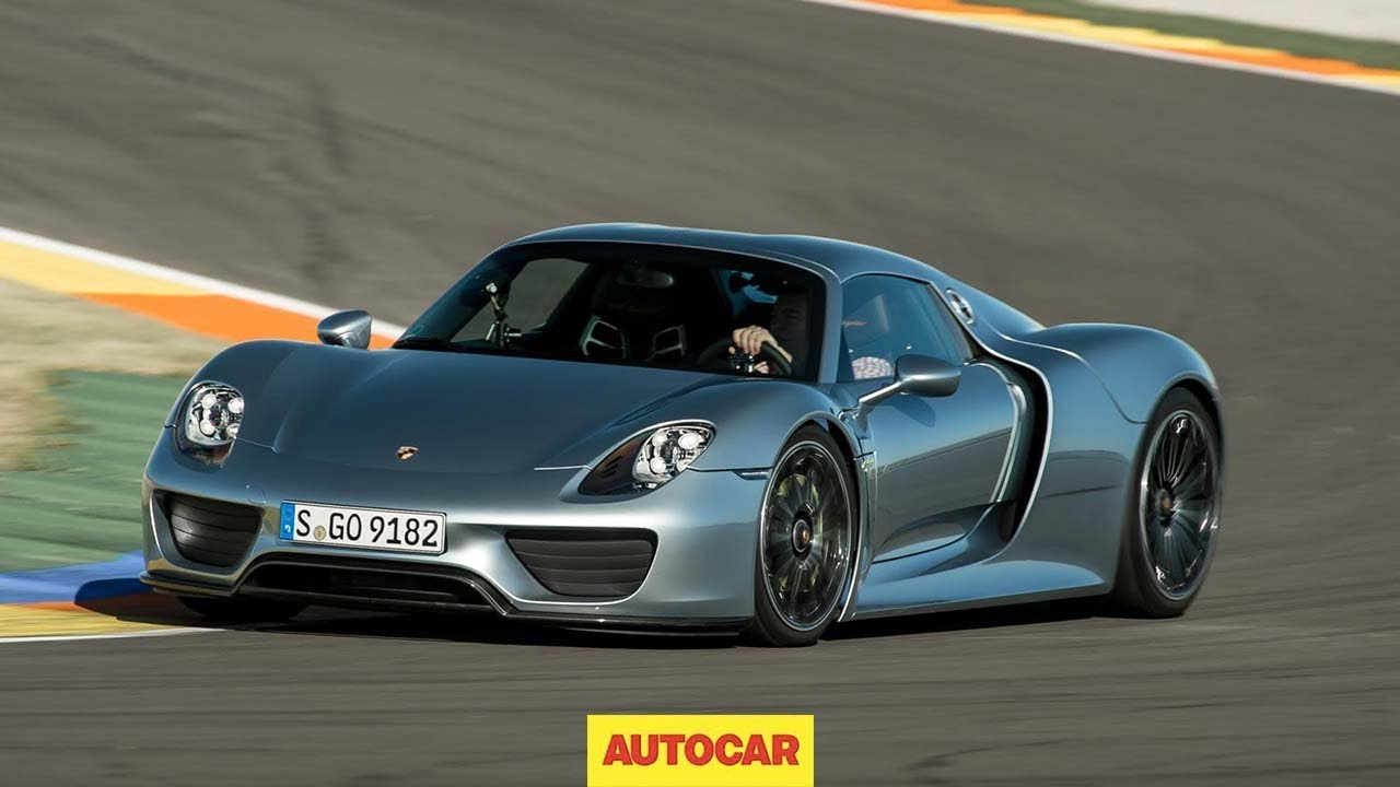 porsche 918 spyder driven is it better than a bugatti veyron youtube. Black Bedroom Furniture Sets. Home Design Ideas