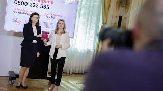 Pressekonferenz Mit Den Bundesministerinnen Susanne Raab Und Alma Zadic.