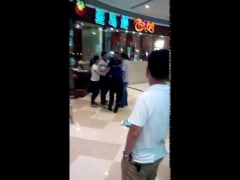Fight in Shenzhen Shopping Mall, Baoan District