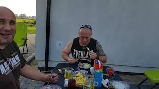 Surströmming - test śmierdzących śledzi ze Szwecji.