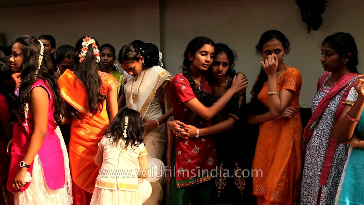 Happy Faces Of Beautiful Tamil Girls On Pongal - Youtube-4347