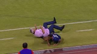 Presmešno: Igrač Pokosio Trenera na Zemlju   Bermuda - Panama   SPORT KLUB FUDBAL
