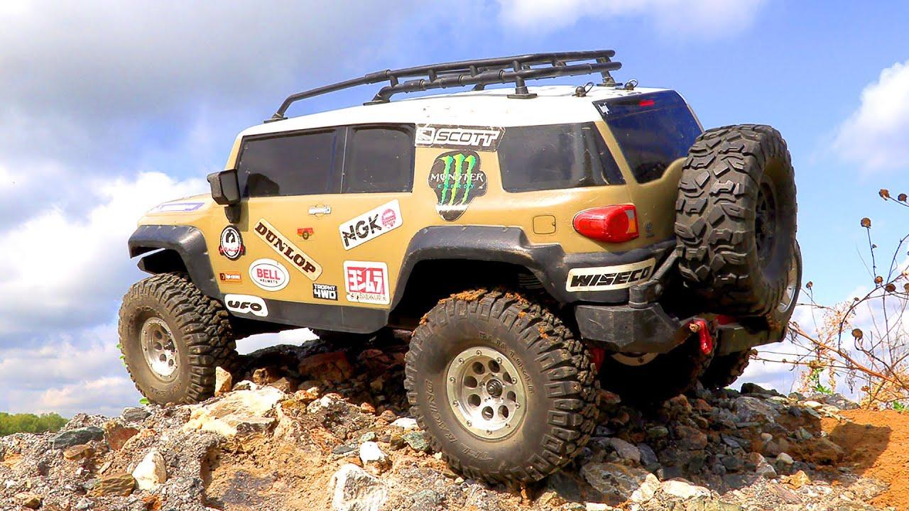 RC Cars Extreme Canyon Adventures Jeep Wrangler MST CFX, Toyota FJ Cruiser HPI Venture | Wilimovich