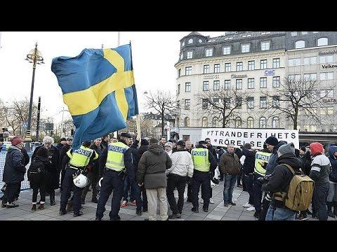 Ratonnade de néo-nazis contre les migrants dans le centre de Stockholm