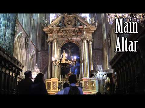 Kraków - Cracow, Polish city top notch tourist attractions. Watch opening of Wit Stwosz altar 2011