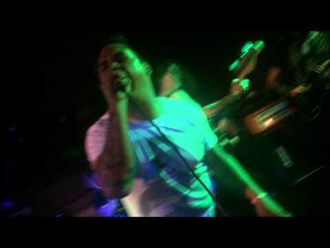 Uh Huh Baby Yeah! Hollyhood Live (NEW SONG)