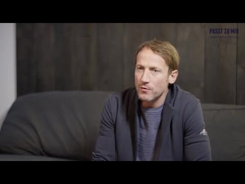 Passt zu mir! Passt zu uns: Schauspieler Wotan Wilke Möhring ist neuer Markenbotschafter für engbers
