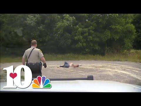 Mikey - VIDEO: Rattlesnake Passes Sleeping Couple