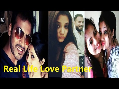 Pooja Thombre Dil Dosti Dobara Real Life Love Partner and Friends Family Masti